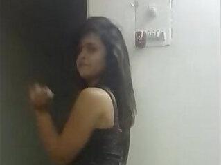 sexy cute sister dancing on bollywood hindi song