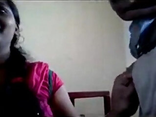 chubby tamil girl loves sucking bf in classroom