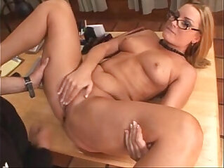 eat me i squirt xxx of final