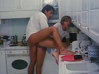 Italian porn fucked in the kitchen!